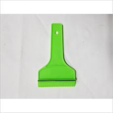 Скребок пластмассовый, зеленый